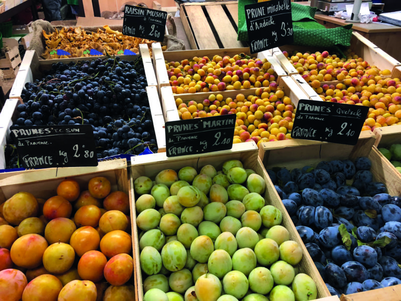 You'll be spoilt for choice at Les Halles d'Avignon.