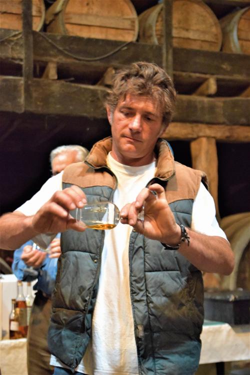 hands-on armagnac tasting in Gascony