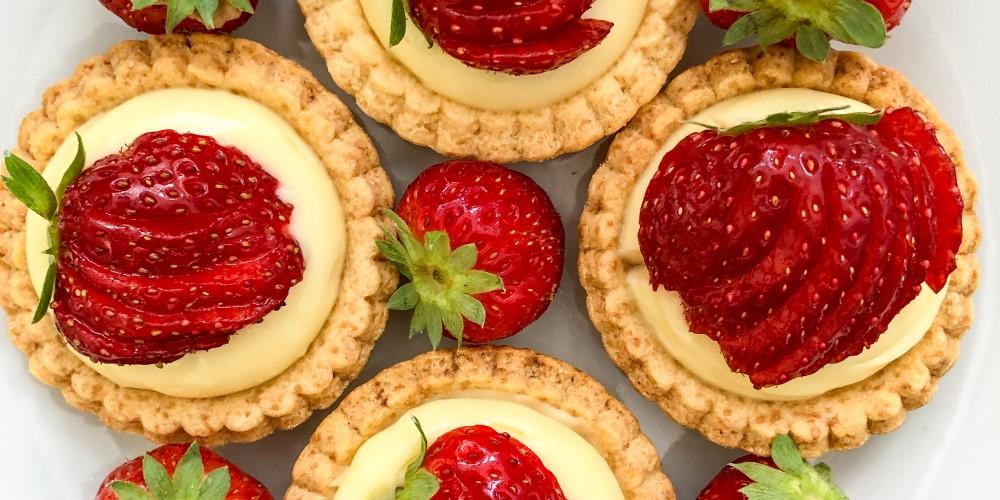 Mardi Michels makes…Tartelettes à la fraise