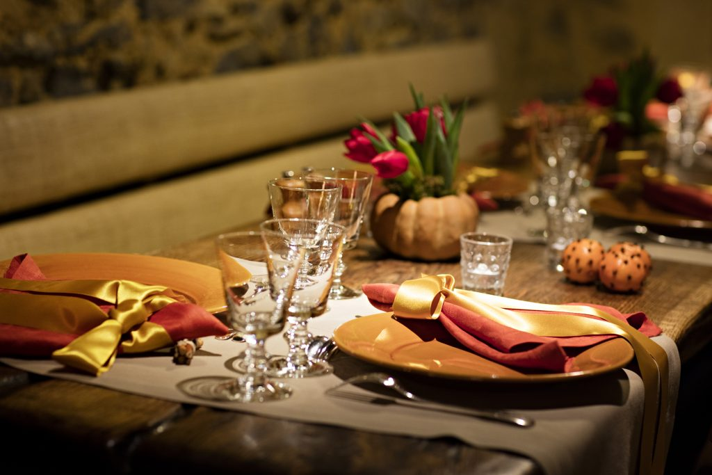 Christmas dinner layout at Les Prés d'Eugénie