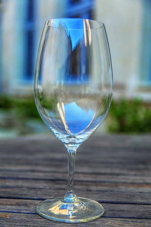 Tulip shaped wine glass