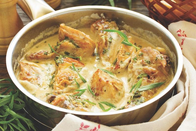 Creamy chicken dish in alcohol