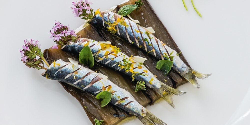 Grilled sardines with aubergines