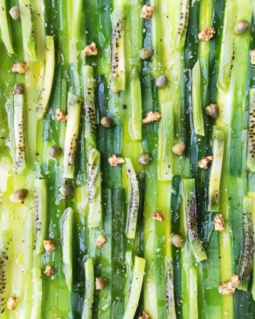 Leeks with capers in a kiwi vinaigrette