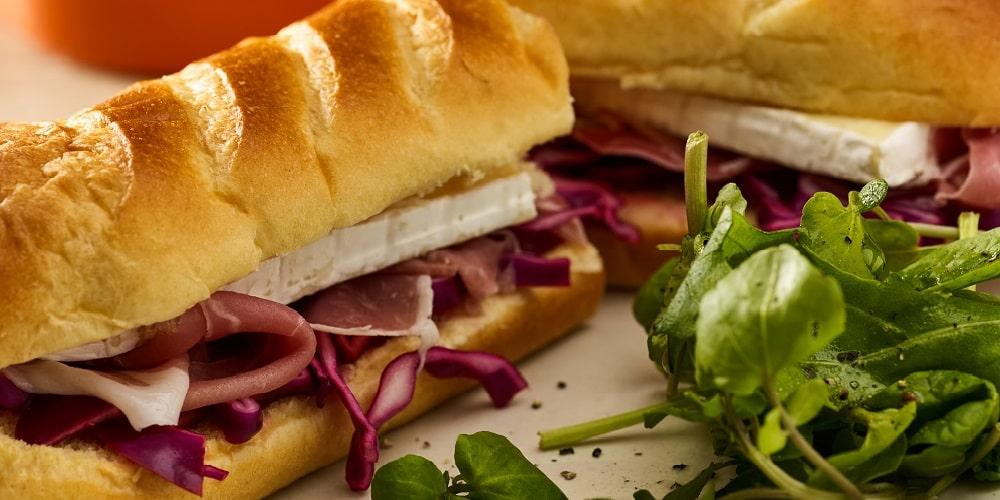 Prosciutto, brie & red cabbage sandwich