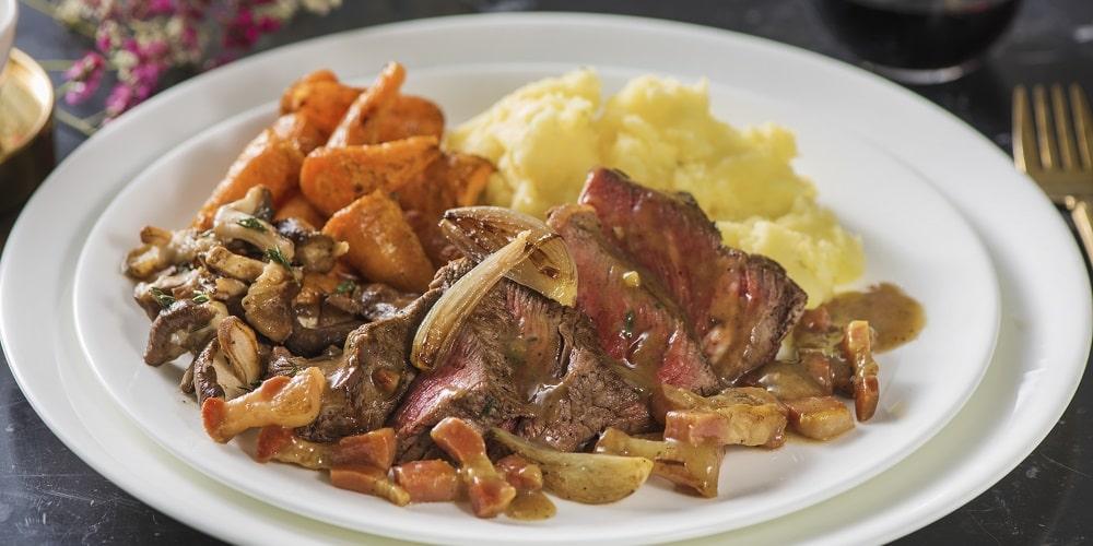 Deconstructed fillet steak bourguignon