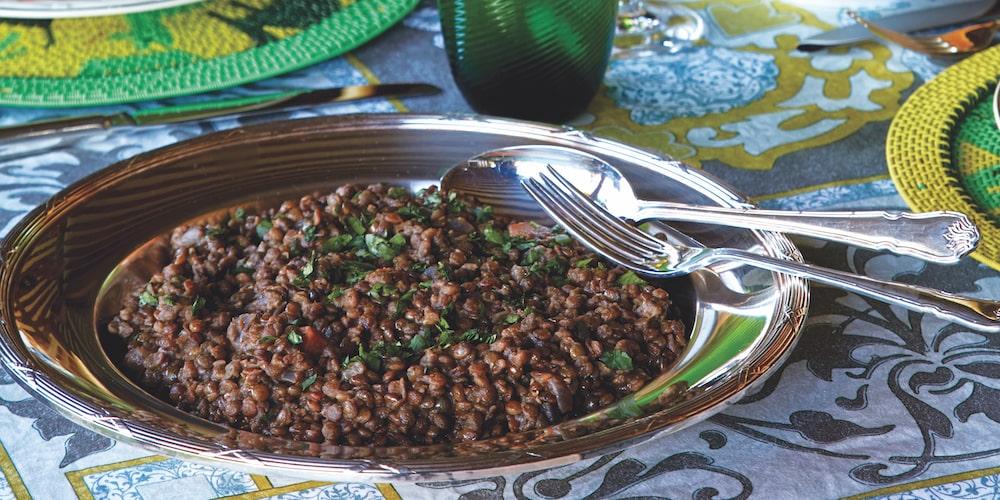 Green puy lentil salad