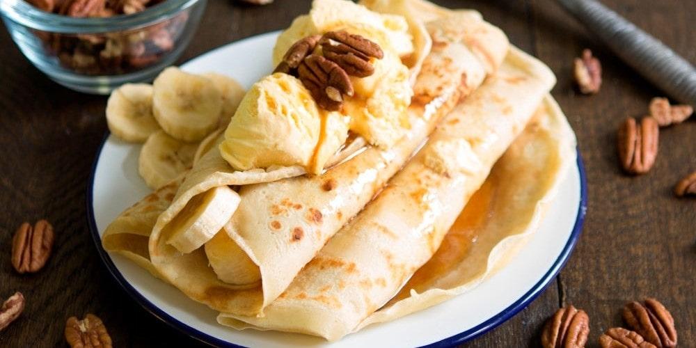 Banana & vanilla ice cream pancakes