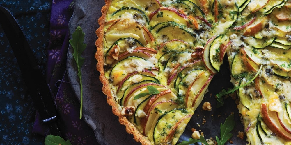 Vegetable tart with pear and roquefort and an endive salad