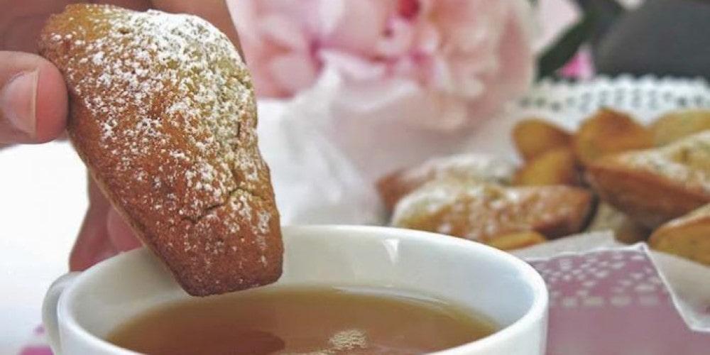 Honey, rose & green tea madeleines